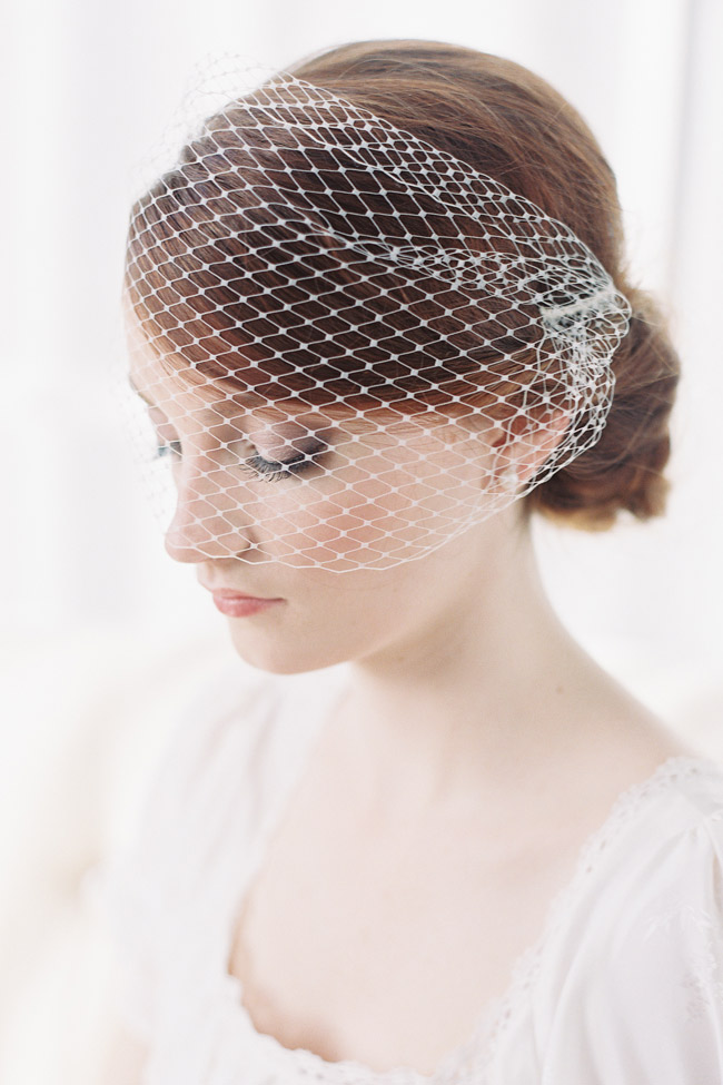 FRENCH NET BANDEAU BLUSHER VEIL