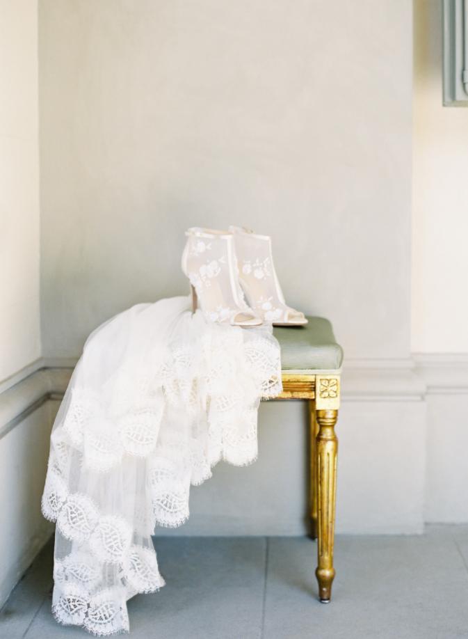 erica elizabeth designs & bella belle shoes